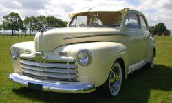 1946 Ford Sedan Hot Rod 2