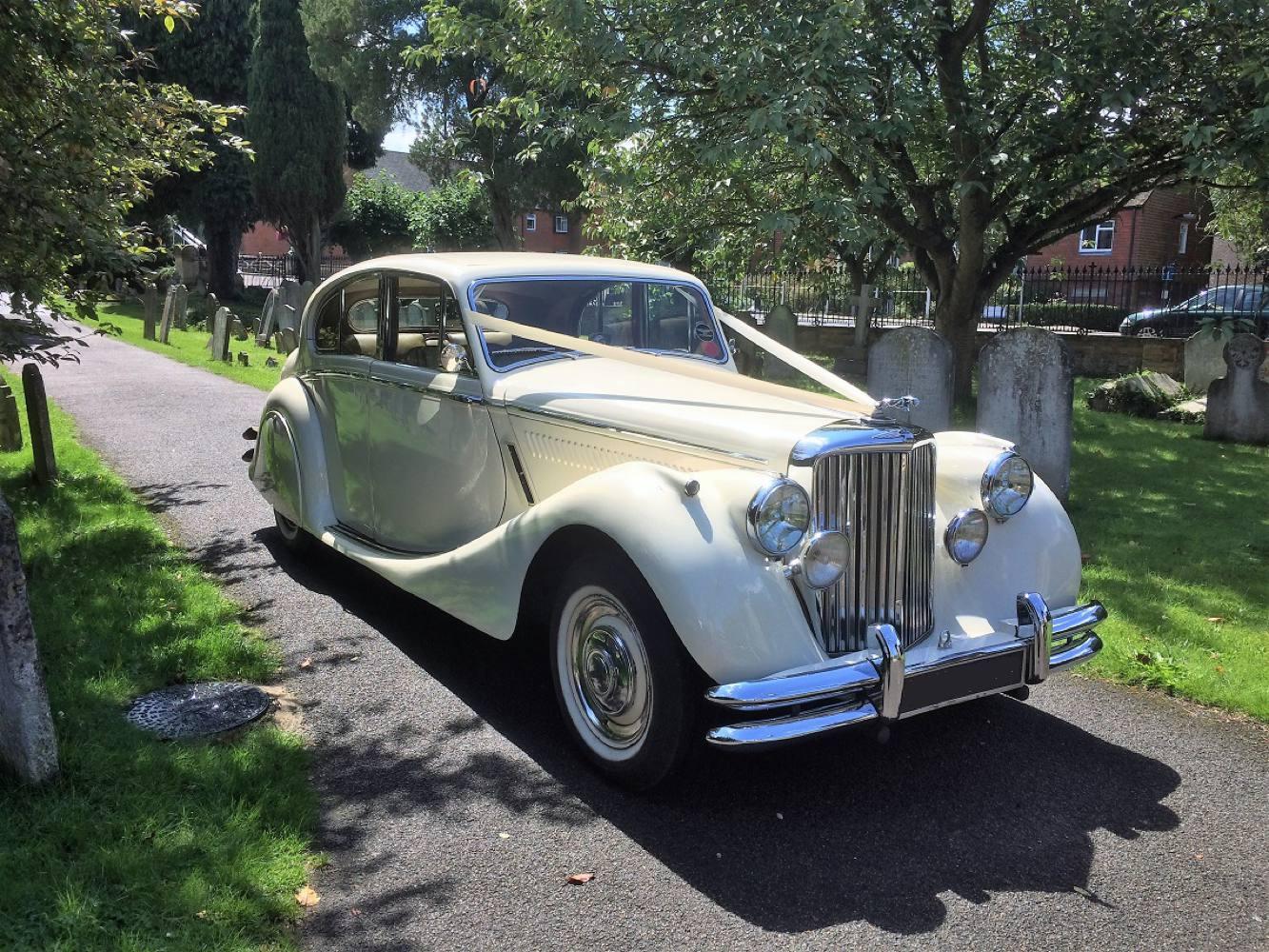 1950 MK V Jaguar in Ivory – Gold Wedding Cars   Wedding ...1950s Cars For Rent