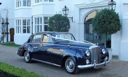 1957 Bentley S1 in Metallic Royal Blue 6 (en)