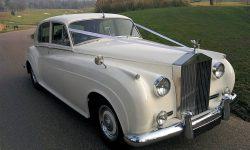 1960 RR Silver Cloud II in White 7