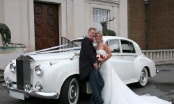 Gold Wedding Cars London, Bedford, Milton Keynes, Luton Services