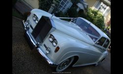 1963 RR Silver Cloud III with White Walled tyres and Red Burgundy leather interior 2