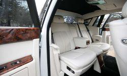 Rolls Royce Phantom II facelift model in White interior 1