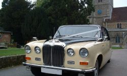 Classic style Daimler Limousine in Black and Cream 2